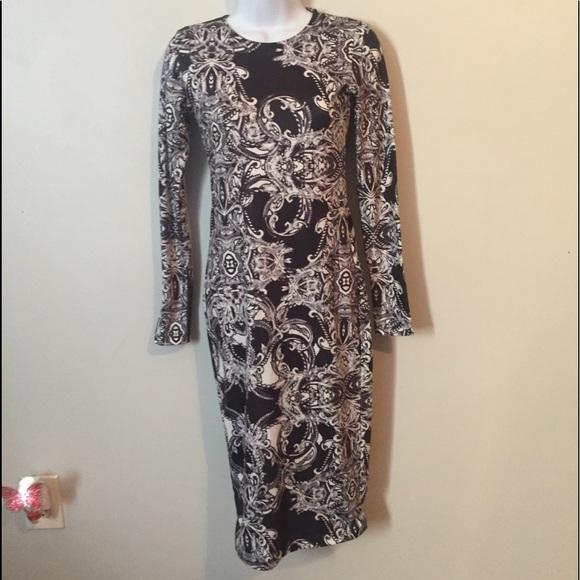 ASOS Dresses & Skirts - Asos Dress Black & White Patterned Fitted SZ 0